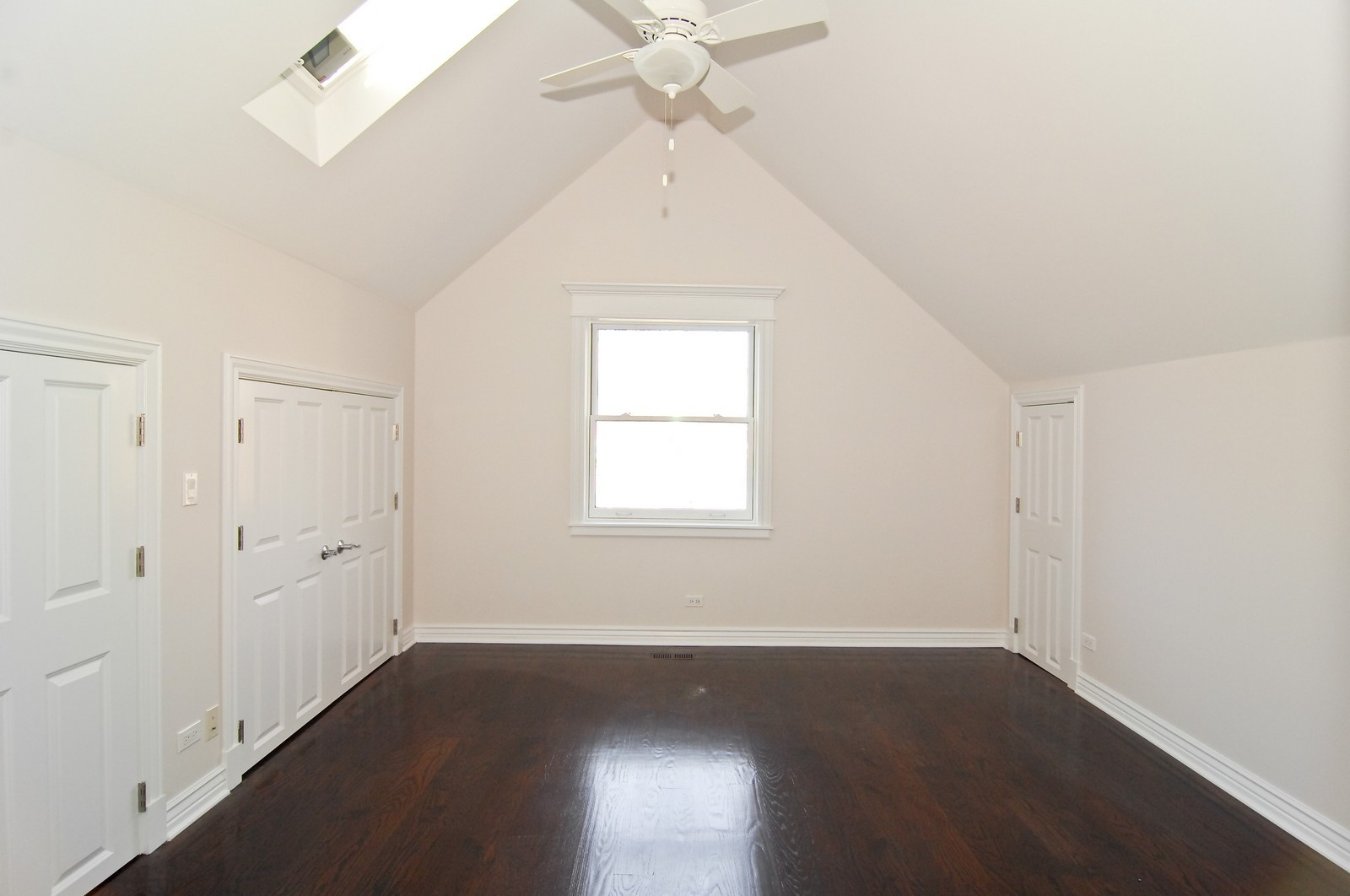 Real Estate Photography - 1845 W. Newport, Chicago, IL, 60657 - 4th Bedroom