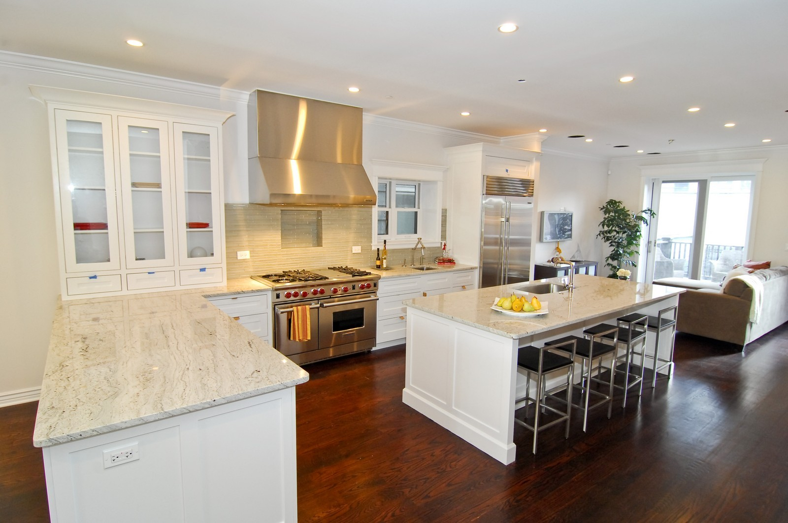Real Estate Photography - 1845 W. Newport, Chicago, IL, 60657 - Kitchen