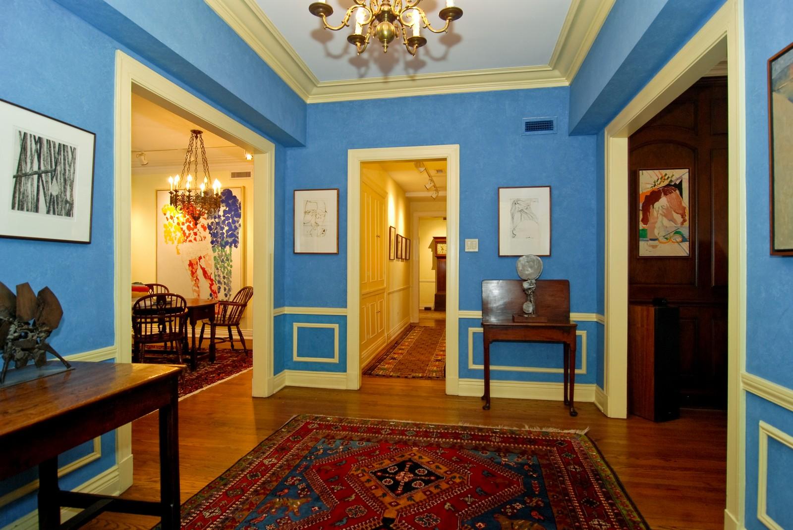 Real Estate Photography - 232 E. Walton, Unit 6E, Chicago, IL, 60611 - Foyer