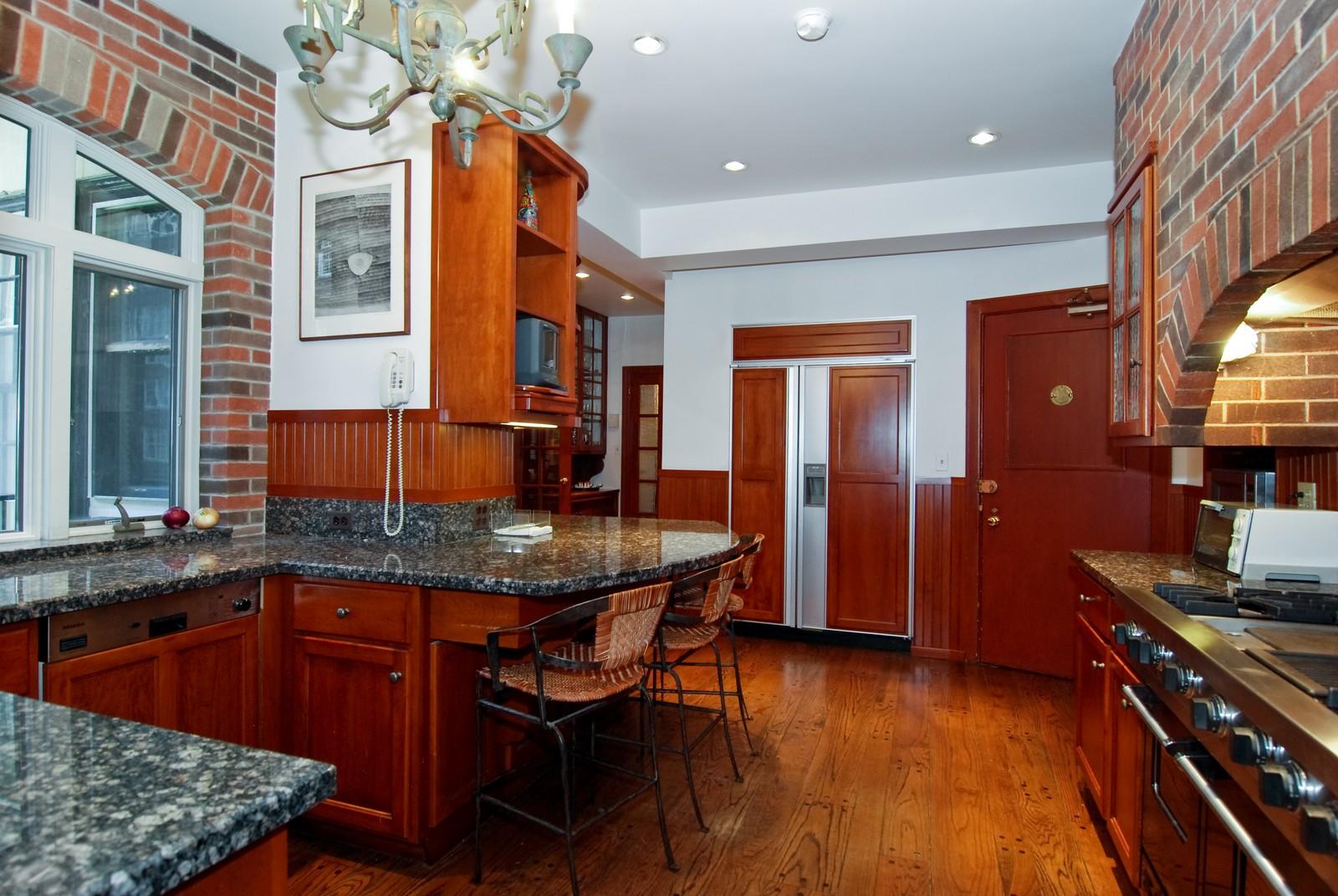 Real Estate Photography - 232 E. Walton, Unit 6E, Chicago, IL, 60611 - Kitchen