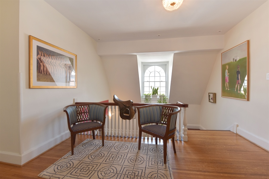 Real Estate Photography - 1000 E 48th St, Chicago, IL, 60615 - Floor B