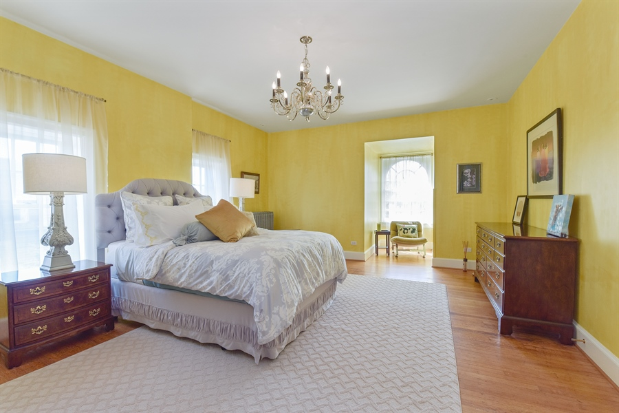 Real Estate Photography - 1000 E 48th St, Chicago, IL, 60615 - 3rd Bedroom