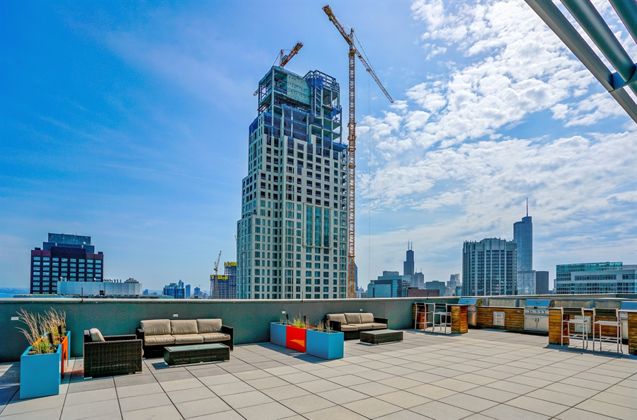 Real Estate Photography - 600 N Lake Shore Dr, 1410, Chicago, IL, 60611 - Barbeque / Picnic Area