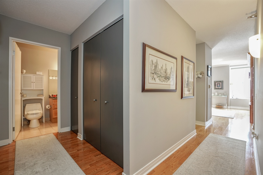 Real Estate Photography - 512 N McClurg Ct, 2509, Chicago, IL, 60611 - Foyer