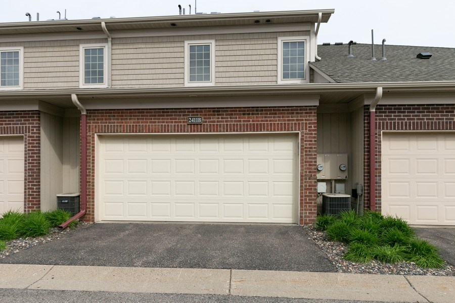 Real Estate Photography - 2411 119th Ct NE, #B, Blaine, MN, 55449 - Garden