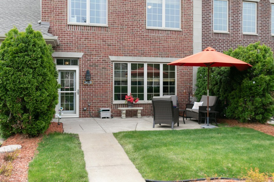 Real Estate Photography - 2411 119th Ct NE, #B, Blaine, MN, 55449 - Front View