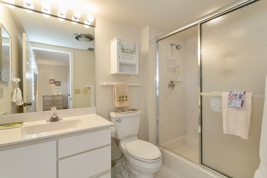 Real Estate Photography - 17109 WATERBEND DR 222, JUPITER, FL, 33477 - 2nd Bathroom