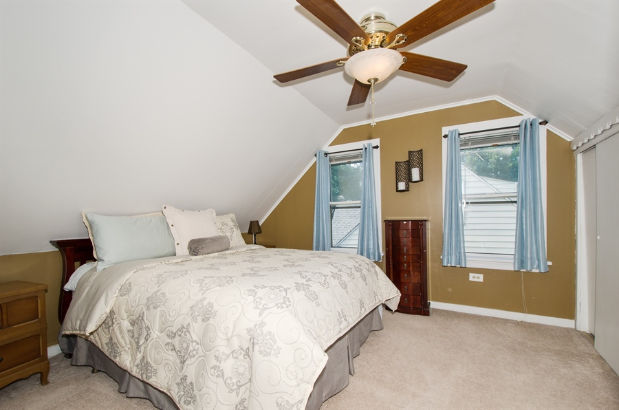 Real Estate Photography - 543 Orchard Ct, Des Plaines, IL, 60016 - Master Bedroom