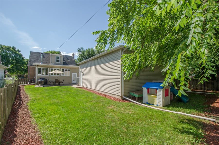 Real Estate Photography - 543 Orchard Ct, Des Plaines, IL, 60016 - Back Yard