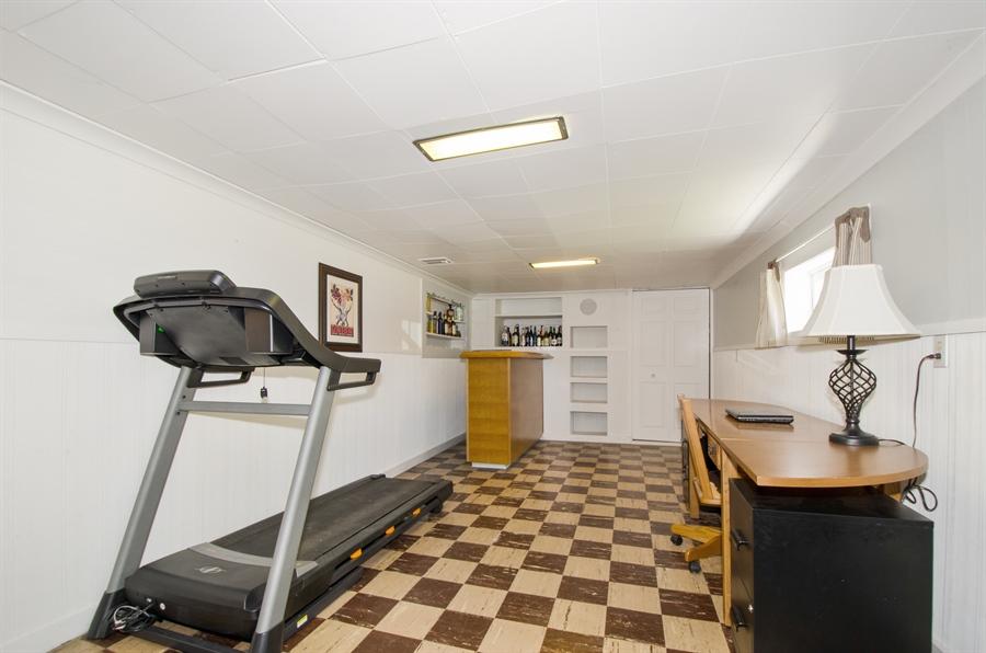 Real Estate Photography - 543 Orchard Ct, Des Plaines, IL, 60016 - Rec Room