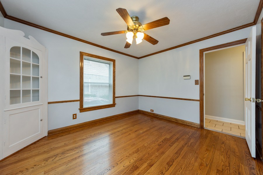 Real Estate Photography - 543 Orchard Ct, Des Plaines, IL, 60016 - Dining Room