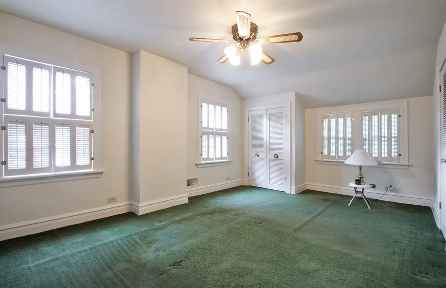 Real Estate Photography - 705 S Vine Ave, Park Ridge, IL, 60068 - Master Bedroom