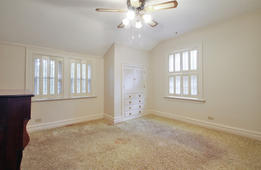 Real Estate Photography - 705 S Vine Ave, Park Ridge, IL, 60068 - 2nd Bedroom