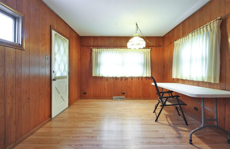 Real Estate Photography - 705 S Vine Ave, Park Ridge, IL, 60068 - Family Room