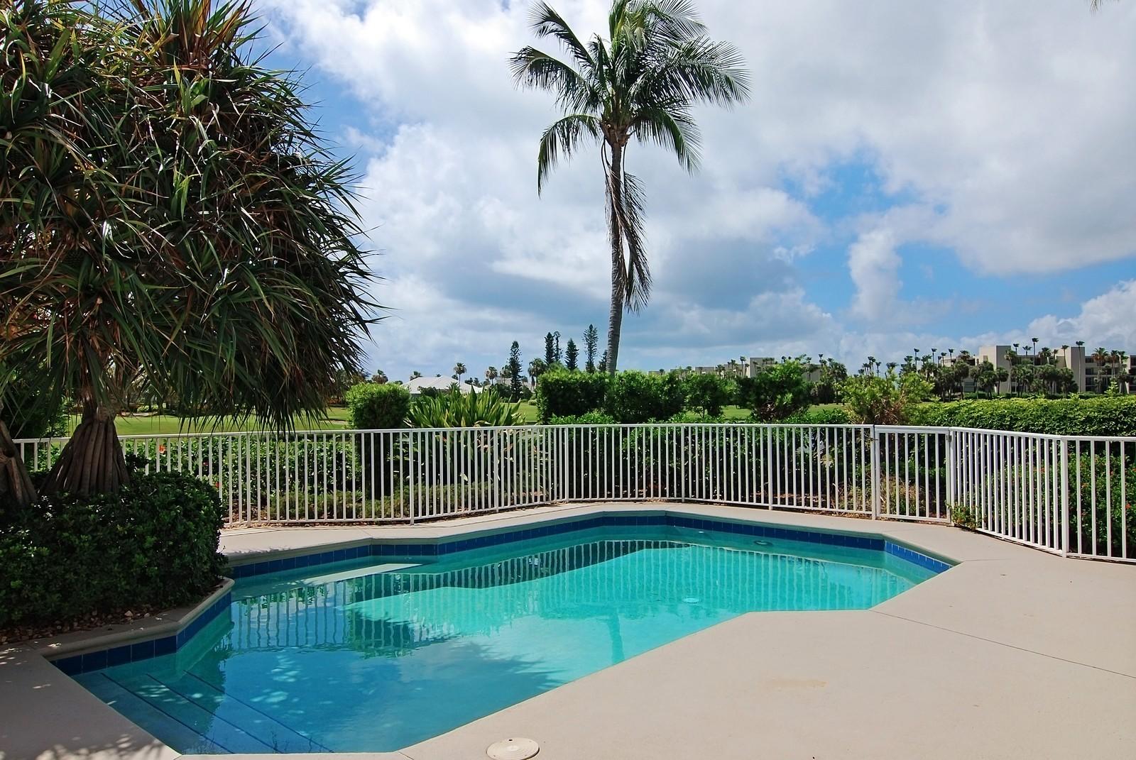 Real Estate Photography - 7000 SE Lakeview, Stuart, FL, 34996 - Pool