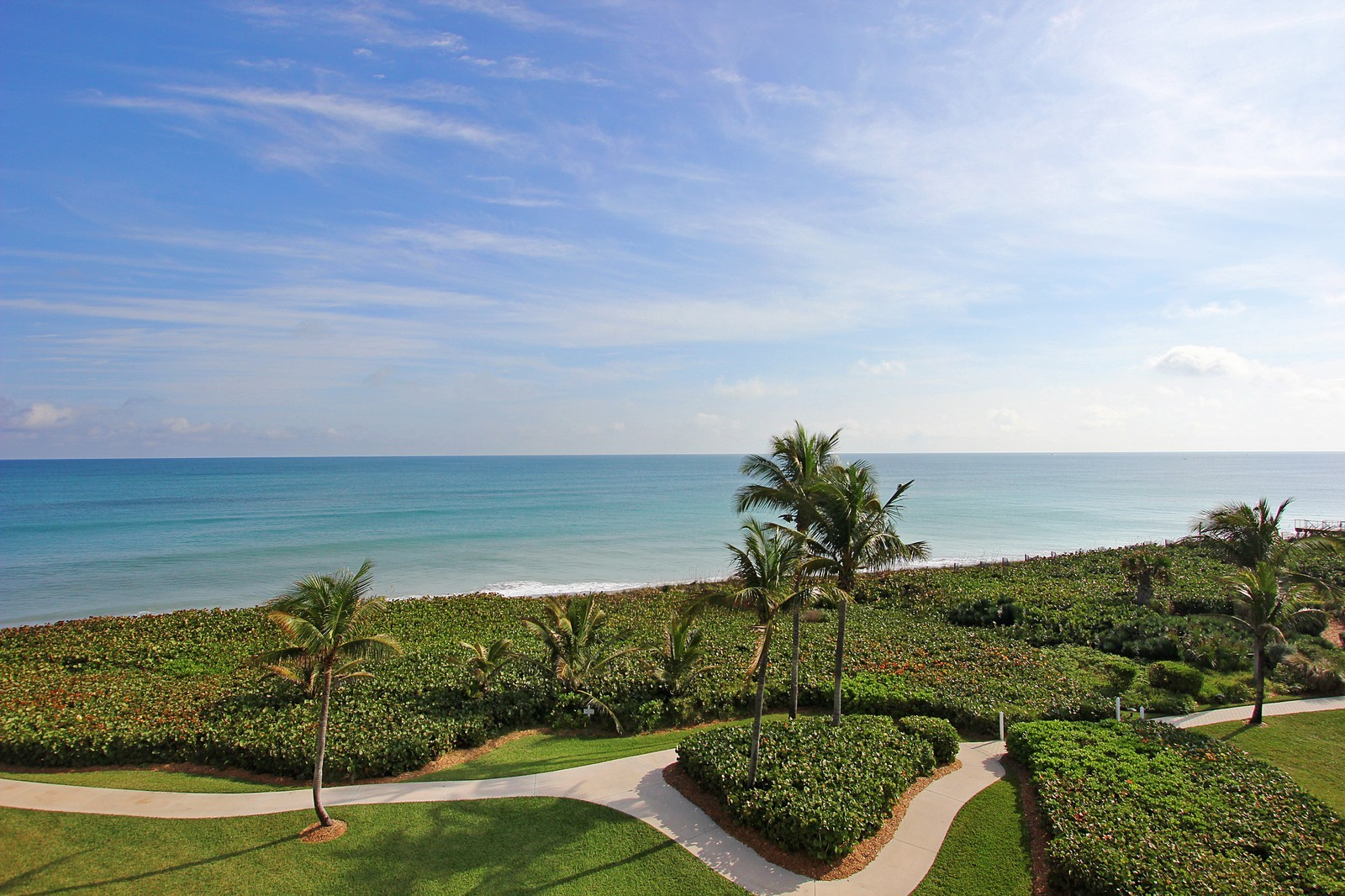 Real Estate Photography - 2001 SE Sailfish Point Blvd, Unit 402, Stuart, FL, 34996 - Ocean View