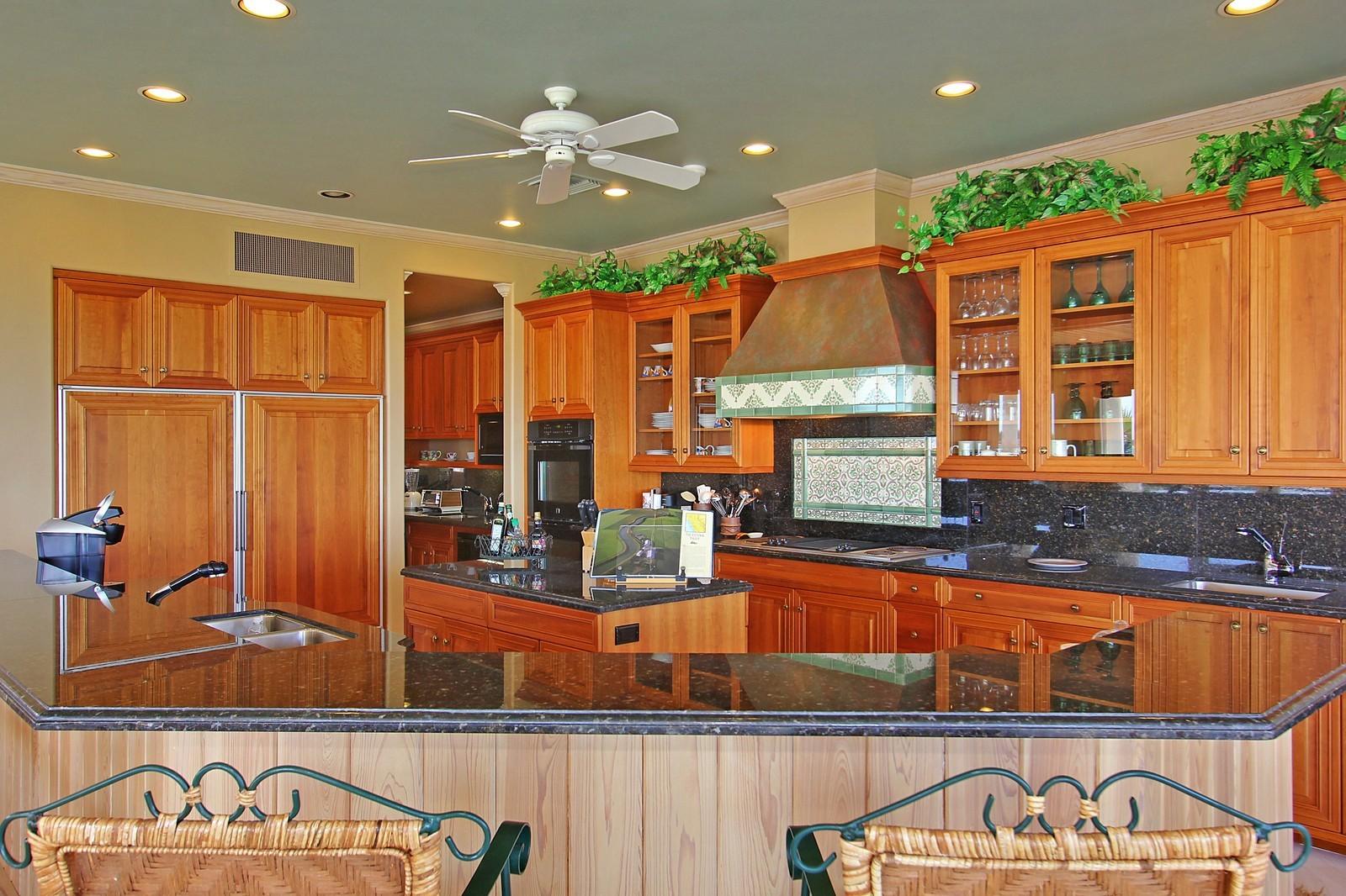 Real Estate Photography - 3097 SE Island Point Ln, Stuart, FL, 34996 - Kitchen