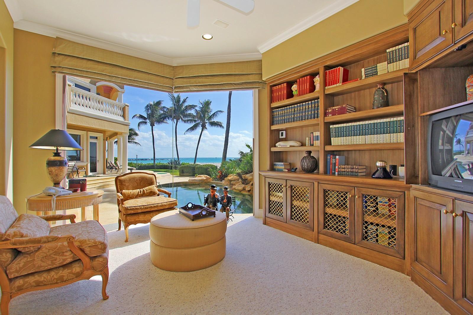 Real Estate Photography - 3097 SE Island Point Ln, Stuart, FL, 34996 - Office