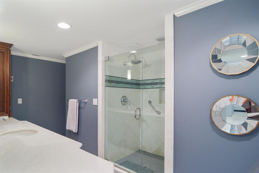 Real Estate Photography - 2814 SE Dune Drive, 2112, Stuart, FL, 34996 - Master Bath #1