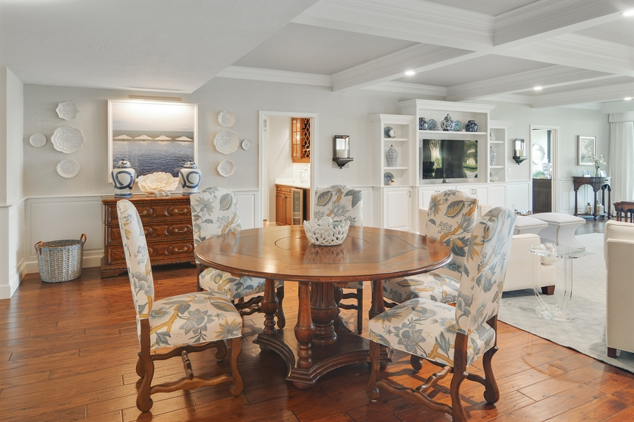 Real Estate Photography - 2814 SE Dune Drive, 2112, Stuart, FL, 34996 - Dining Room