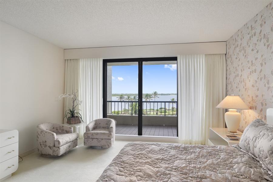 Real Estate Photography - 2816 SE Dune Drive, 2406, Stuart, FL, 34996 - Master Bedroom