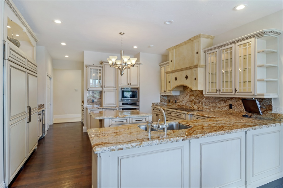 Real Estate Photography - 6879 SE South Marina Way, Stuart, FL, 34996 - Kitchen