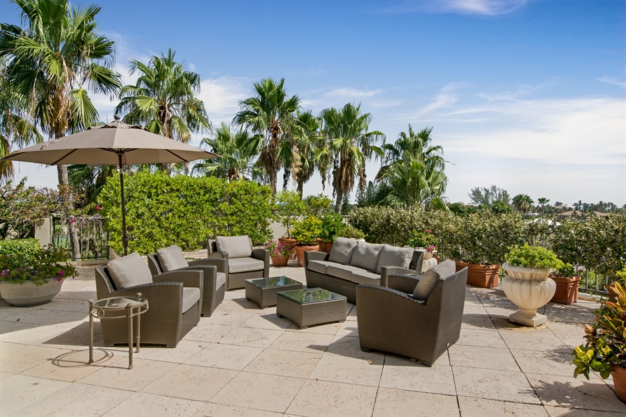 Real Estate Photography - 2814 SE Dune Drive, 2407, Stuart, FL, 34996 - Roof Terrace