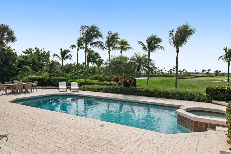 Real Estate Photography - 6967 Harbor Circle, Stuart, FL, 34996 - Pool