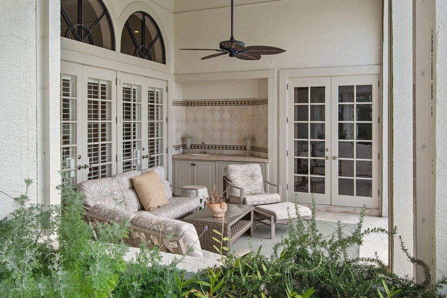 Real Estate Photography - 6967 Harbor Circle, Stuart, FL, 34996 - Covered Patio