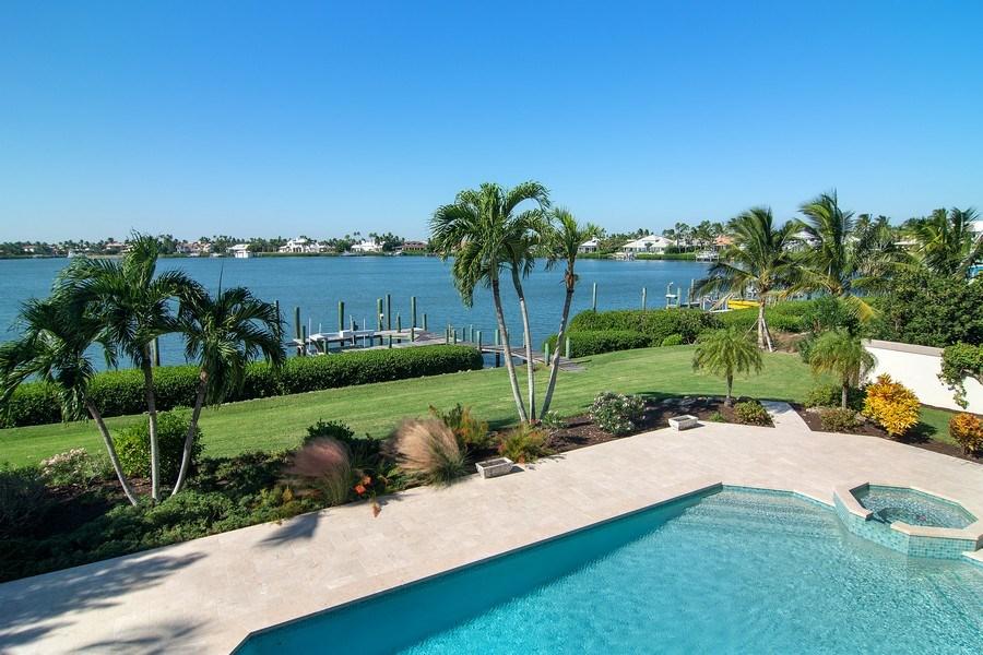 Real Estate Photography - 6900 SE Harbor Circle, Stuart, FL, 34996 - Pool