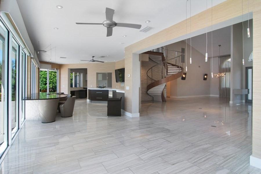 Real Estate Photography - 6900 SE Harbor Circle, Stuart, FL, 34996 - Living Rm/Family Rm