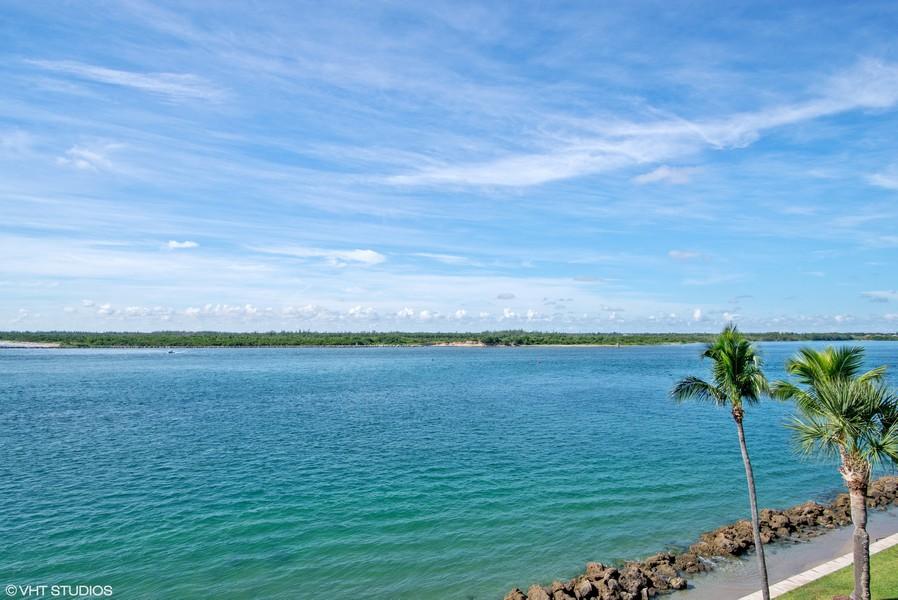 Real Estate Photography - 2824 SE Dune Drive, 2401, Stuart, FL, 34996 - Jupiter Island State Preserve