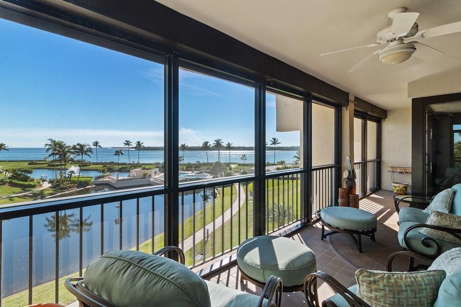 Real Estate Photography - 2802 SE Dune Drive, #1312, Stuart, FL, 34996 - Ocean View