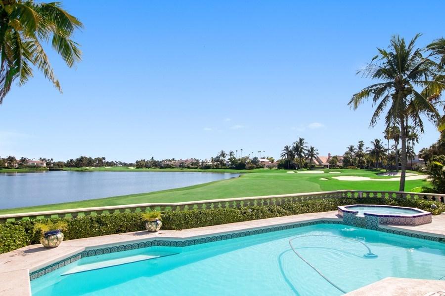 Real Estate Photography - 6401 SE Harbor Circle, Stuart, FL, 34996 - Pool