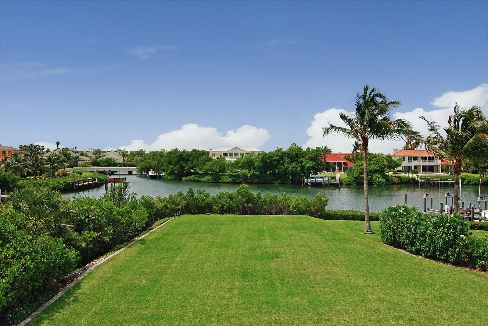 Real Estate Photography - 6874 SE Isle Way, Stuart, FL, 34996 - View