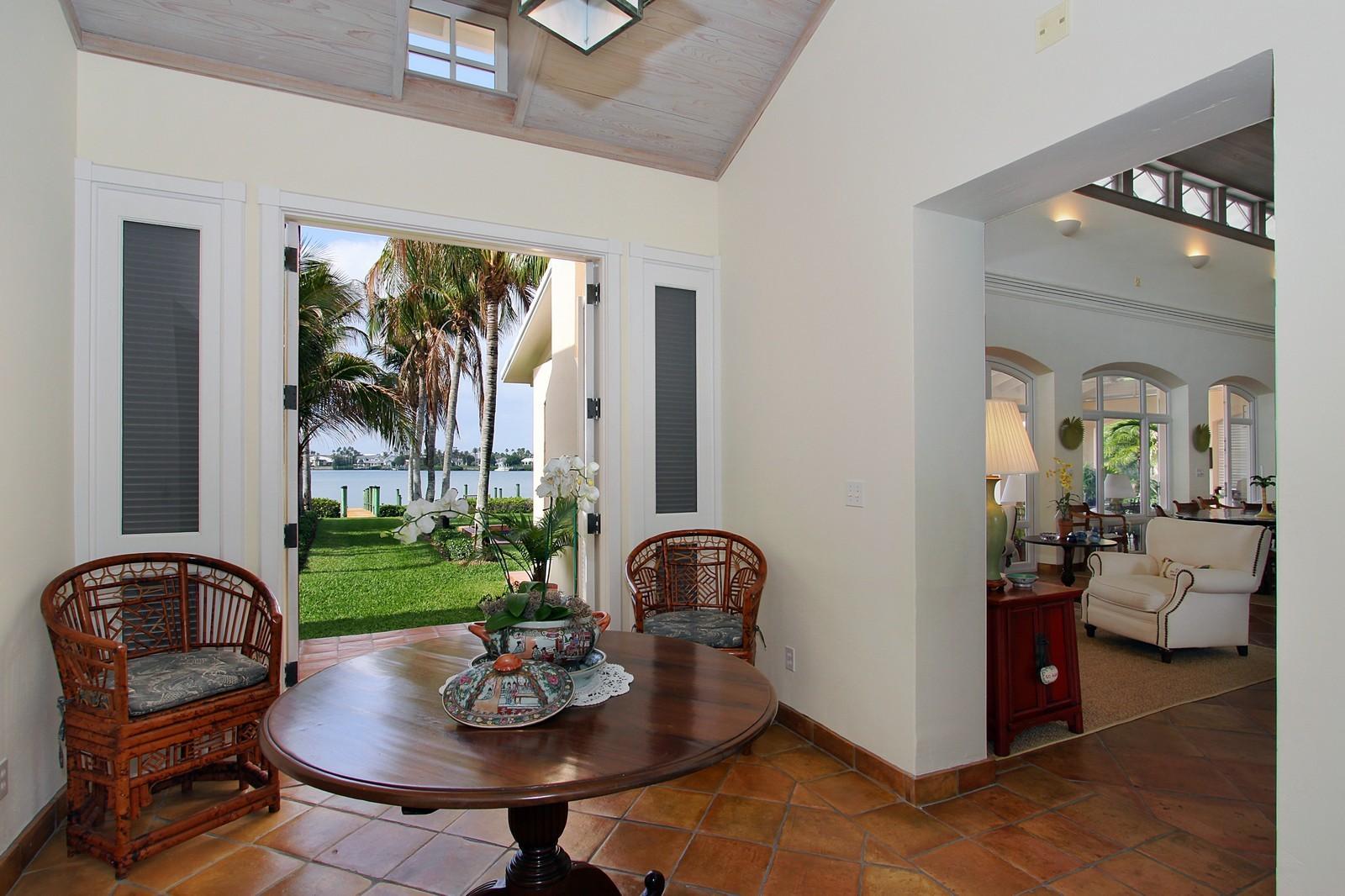 Real Estate Photography - 6840 SE Harbor Cir, Stuart, FL, 34996 - Foyer