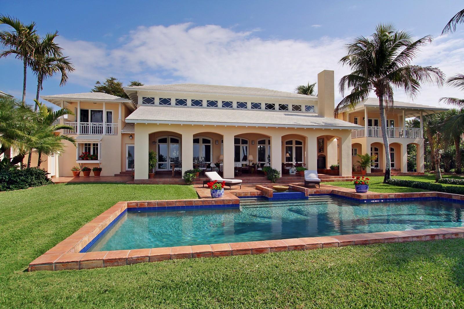 Real Estate Photography - 6840 SE Harbor Cir, Stuart, FL, 34996 - Rear View