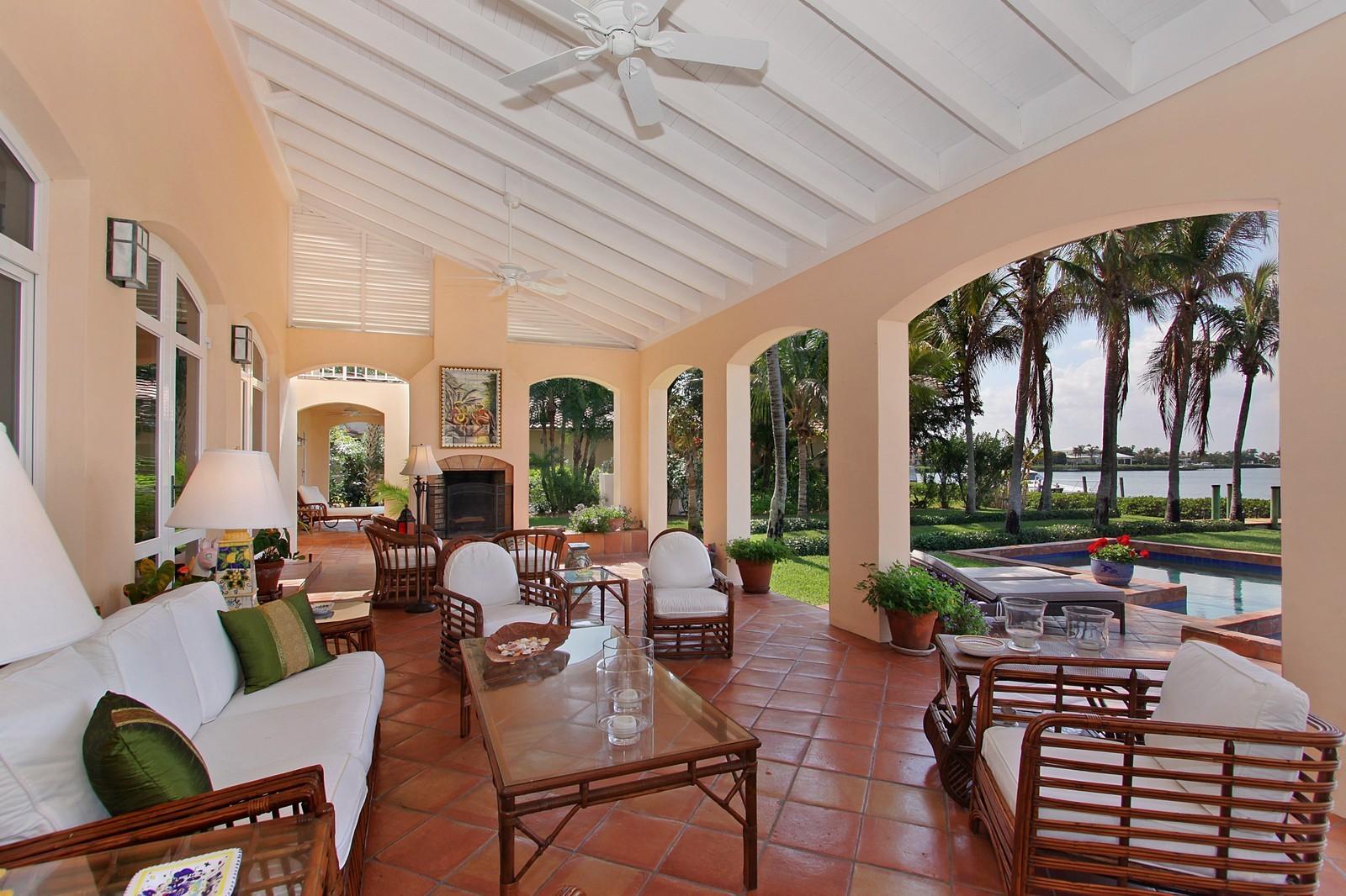 Real Estate Photography - 6840 SE Harbor Cir, Stuart, FL, 34996 - Loggia