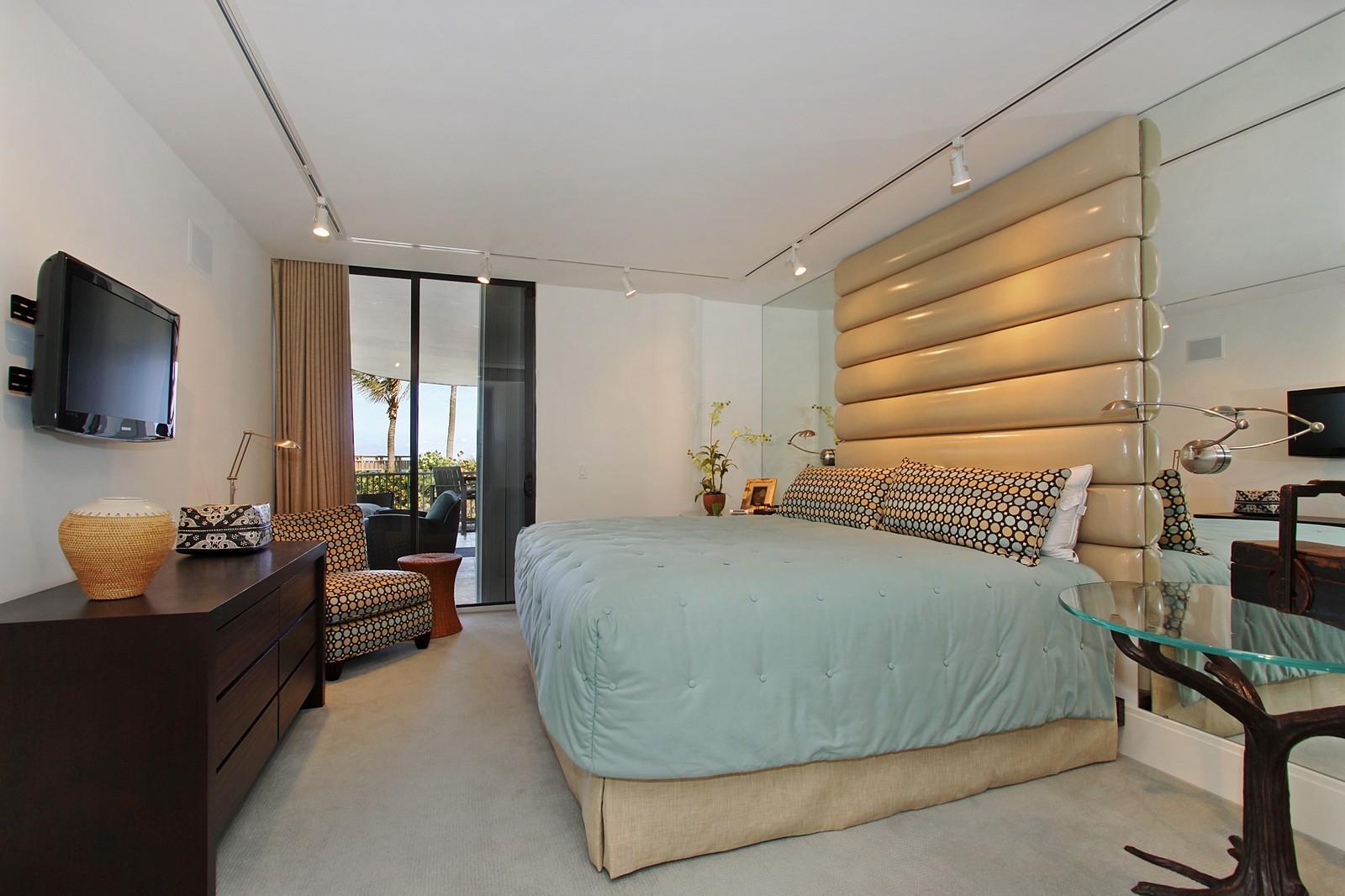 Real Estate Photography - 2001 SE Sailfish Point Blvd, Unit 318, Stuart, FL, 34996 - Bedroom
