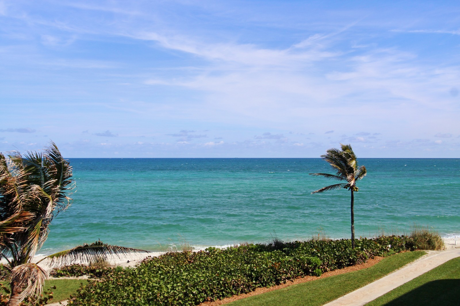 Real Estate Photography - 2001 SE Sailfish Point Blvd, Unit 318, Stuart, FL, 34996 - Ocean View