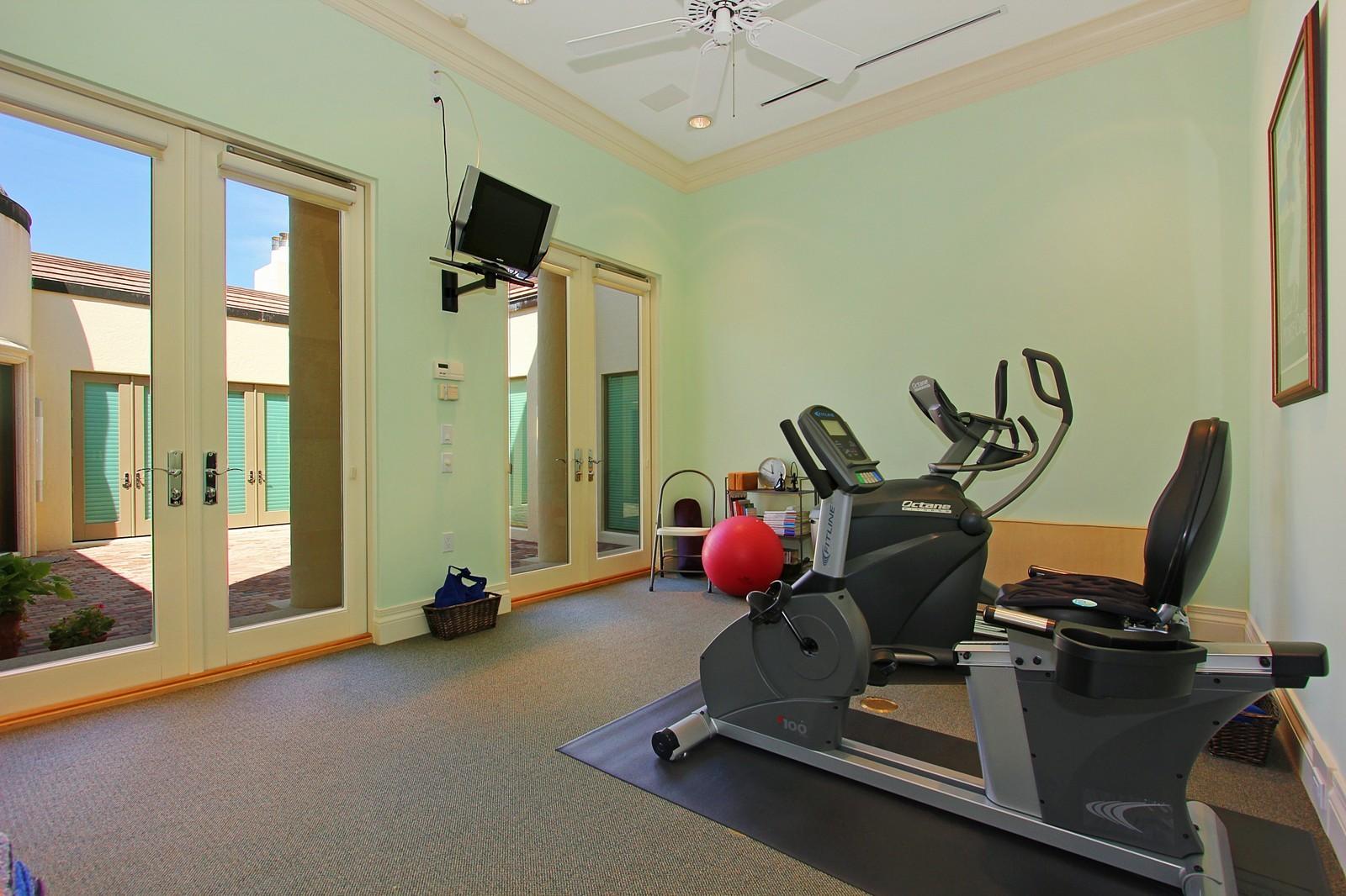 Real Estate Photography - 6814 SE Isle Way, Stuart, FL, 34996 - Gym
