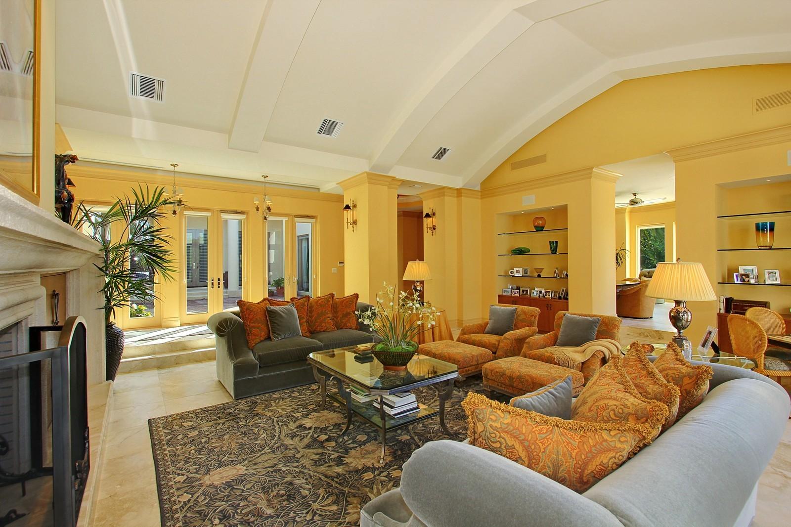 Real Estate Photography - 6814 SE Isle Way, Stuart, FL, 34996 - Living Room 2