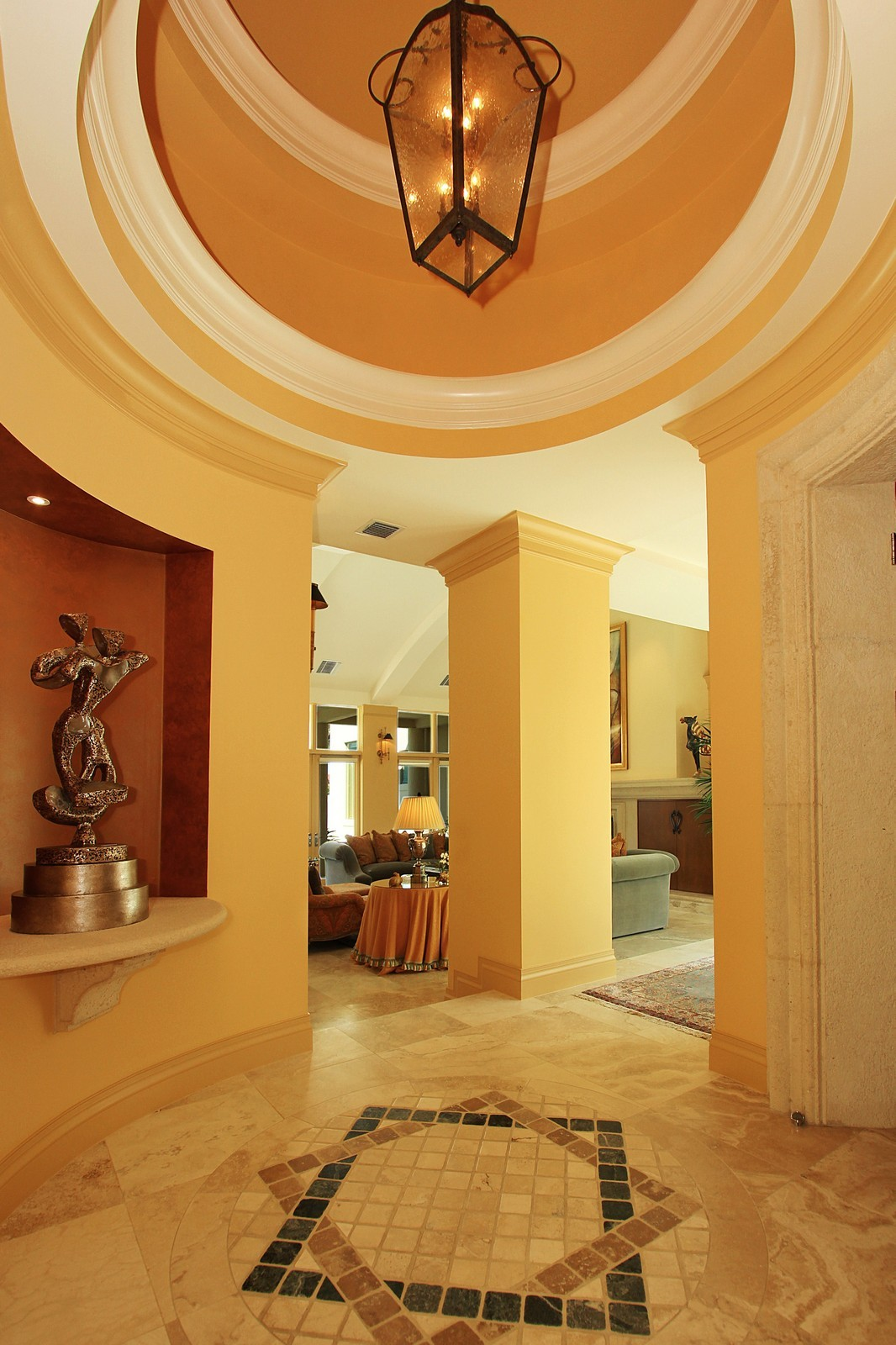 Real Estate Photography - 6814 SE Isle Way, Stuart, FL, 34996 - Foyer