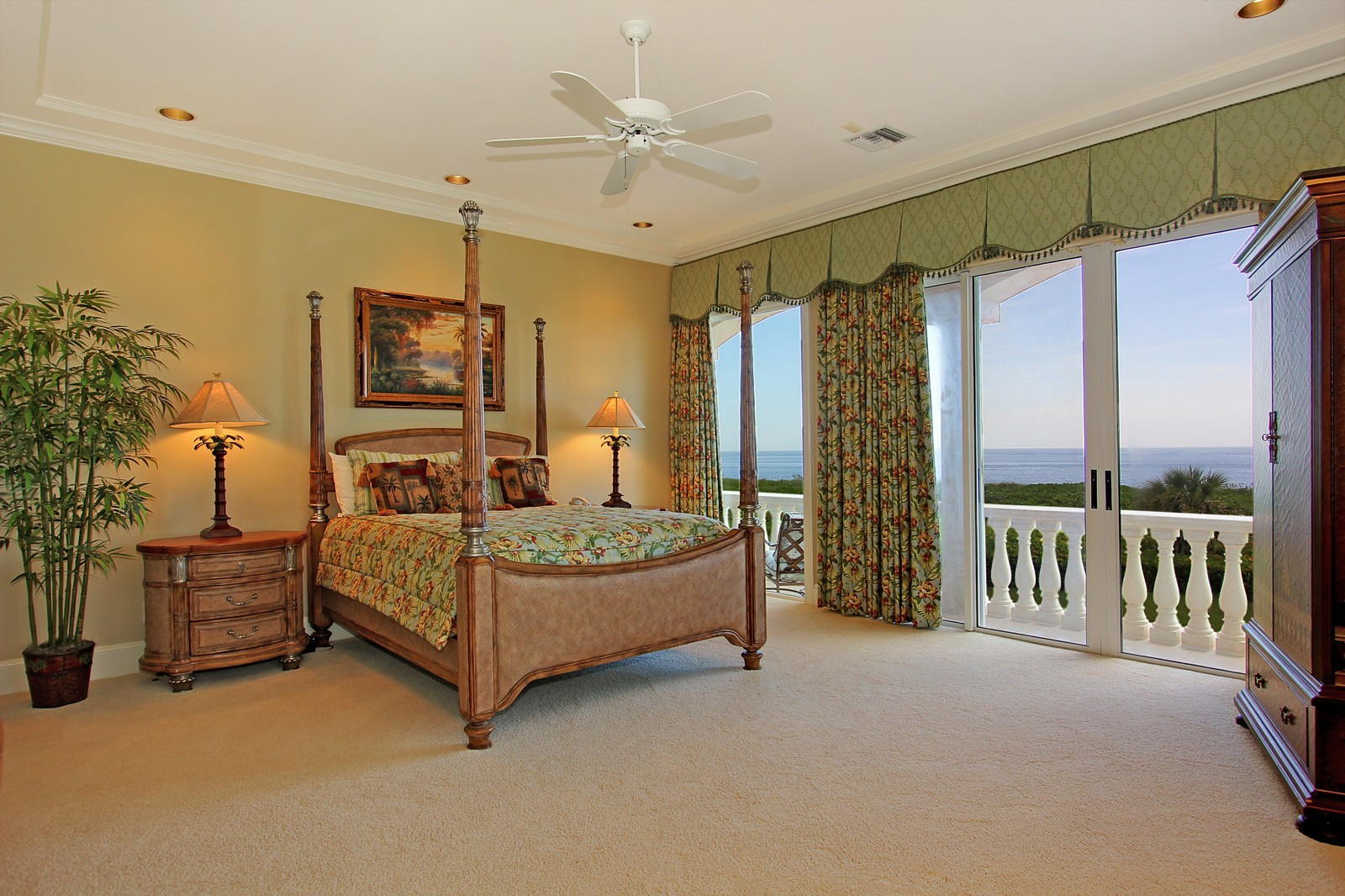 Real Estate Photography - 3047 SE Island Point Lane, Stuart, FL, 34996 - Guest House Bedroom 1 of 4