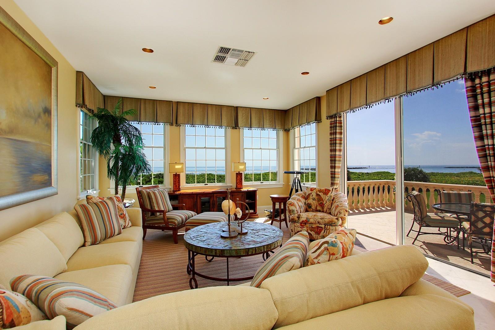Real Estate Photography - 3047 SE Island Point Lane, Stuart, FL, 34996 - Family Room