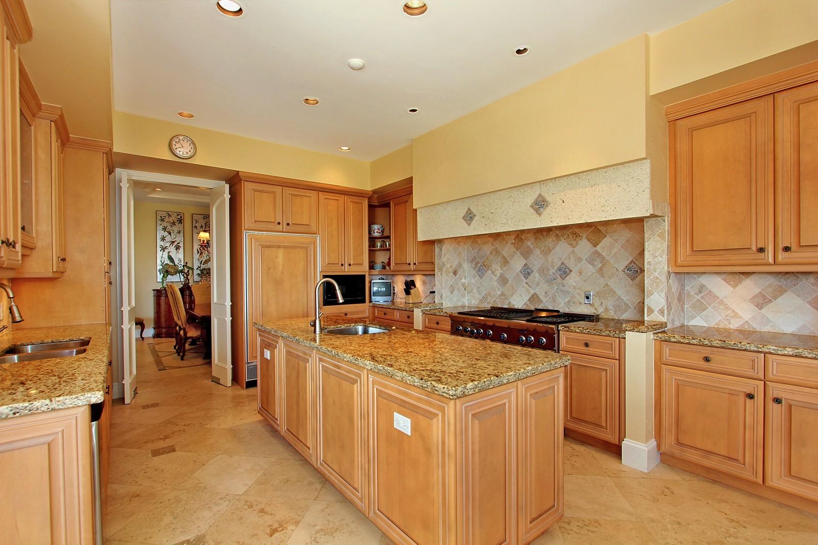 Real Estate Photography - 3047 SE Island Point Lane, Stuart, FL, 34996 - Kitchen