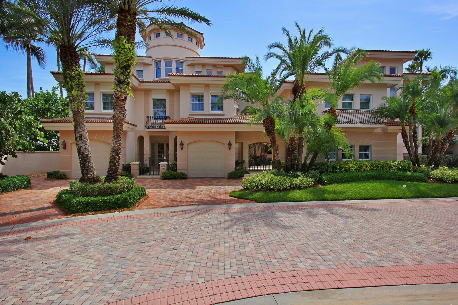 Real Estate Photography - 3047 SE Island Point Lane, Stuart, FL, 34996 - Front View
