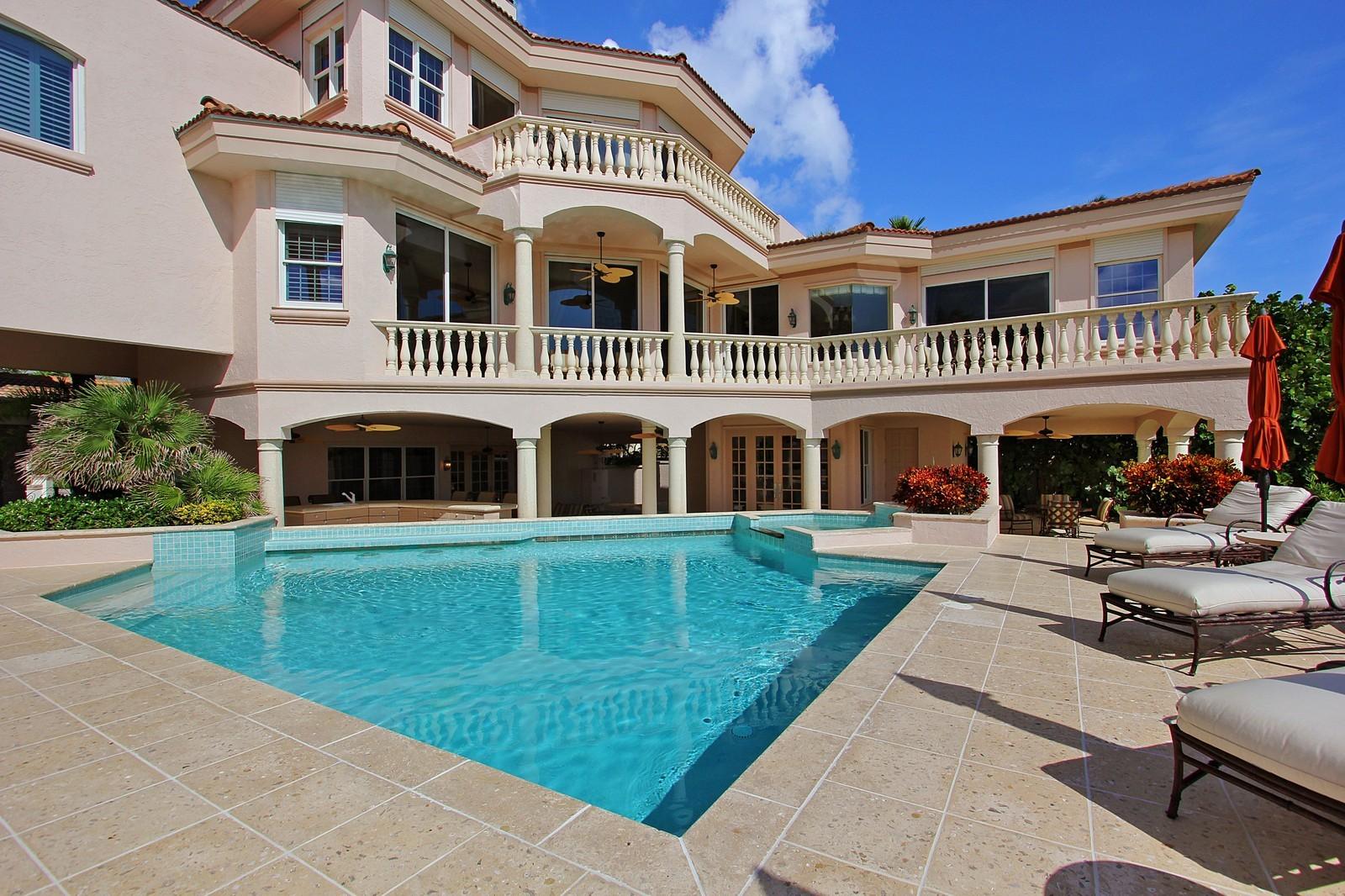 Real Estate Photography - 3047 SE Island Point Lane, Stuart, FL, 34996 - Rear View