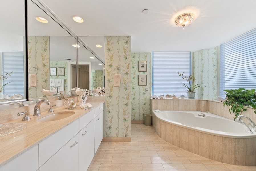 Real Estate Photography - 529 S Flagler Dr 26E/F, West Palm Beach, FL, 33401 - Guest Bathroom 2
