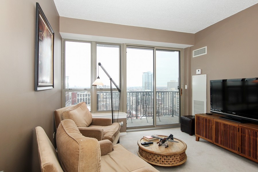 Real Estate Photography - 1717 S Prairie, Unit 1910, Chicago, IL, 60616 - 2nd Bedroom